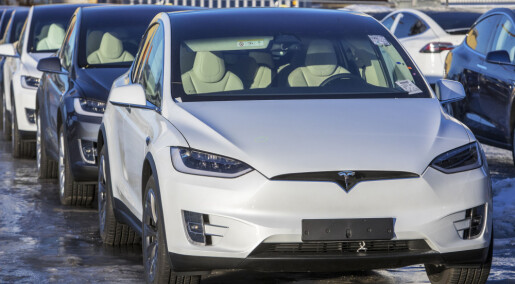 Nei, klimautslippene fra elbiler i Norge er ikke dobbelt så høye som fra «fossilbiler»
