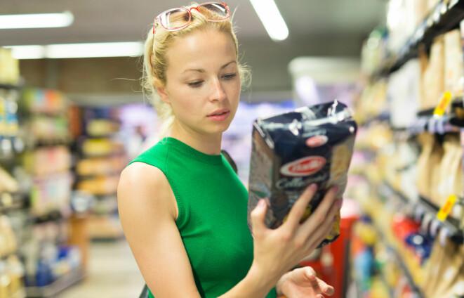 Mykje mat blir merka med feil lagringstid