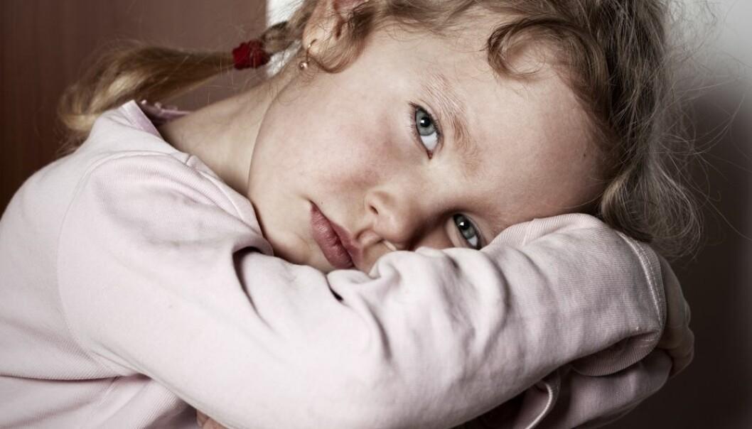 Barn av enslige forsørgere utgjør nesten 40 prosent av alle barn i lavinntektshusholdninger i Norge, viser en ny rapport.  (Foto: Shutterstock/NTB scanpix)