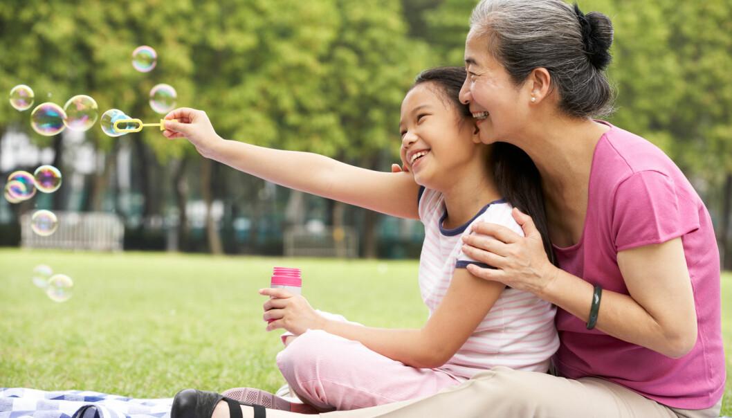 I dag fødes de fleste danske barna av mødre over 30 år. Og det er egentlig optimalt, sett fra et psykologisk perspektiv. Barna til eldre mødre trives nemlig bedre, viser ny studie. (Foto: Monkey Business Images / Shutterstock / NTB scanpix)