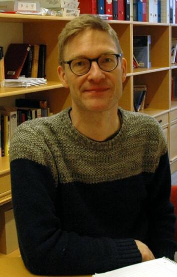 Lars Reinholdtsen underviser lærerstudenter ved Høgskolen i Oslo og Akershus. (Foto: Privat)
