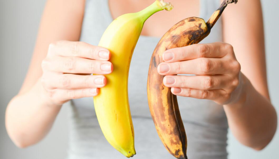 De fleste foretrekker nok en gul banan i stedet for en brun, men hvilken er sunnest?  (Foto: Ai825 / Shutterstock / NTB scanpix)