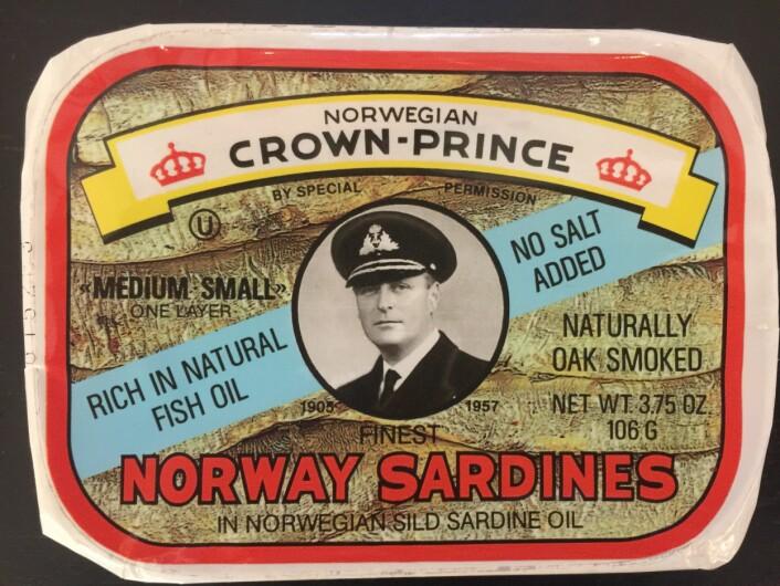 Sen utgave av Norwegian Crown- Prince. Ikke lenge etter endret merkevaren navn til Crown- Prince Foto: MUST/ Norsk hermetikkmuseum