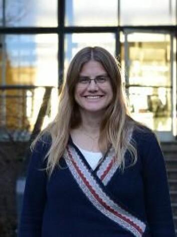 Heidi Sandaker har en forkjærlighet for dvergspiralgalakser. (Foto: Hilde Lynnebakken / UiO)
