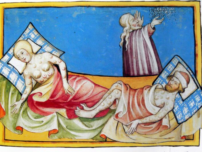 Døden tok stor plass i livene til mennesker i middelalderen. Både rik og fattig kunne møte døden tidlig i livet. Selv om noen mennesker kunne leve like lenge som de fleste av oss gjør i dag, så var den gjennomsnittlige levealderen mye lavere, kanskje bare 30 år. Høy spedbarnsdødelighet, barnesykdommer, underernæring, dårlig hygiene og sykdommer tok mange liv. Dette bildet fra Toggenburg-bibelen viser to personer rammet av kopper eller pest.