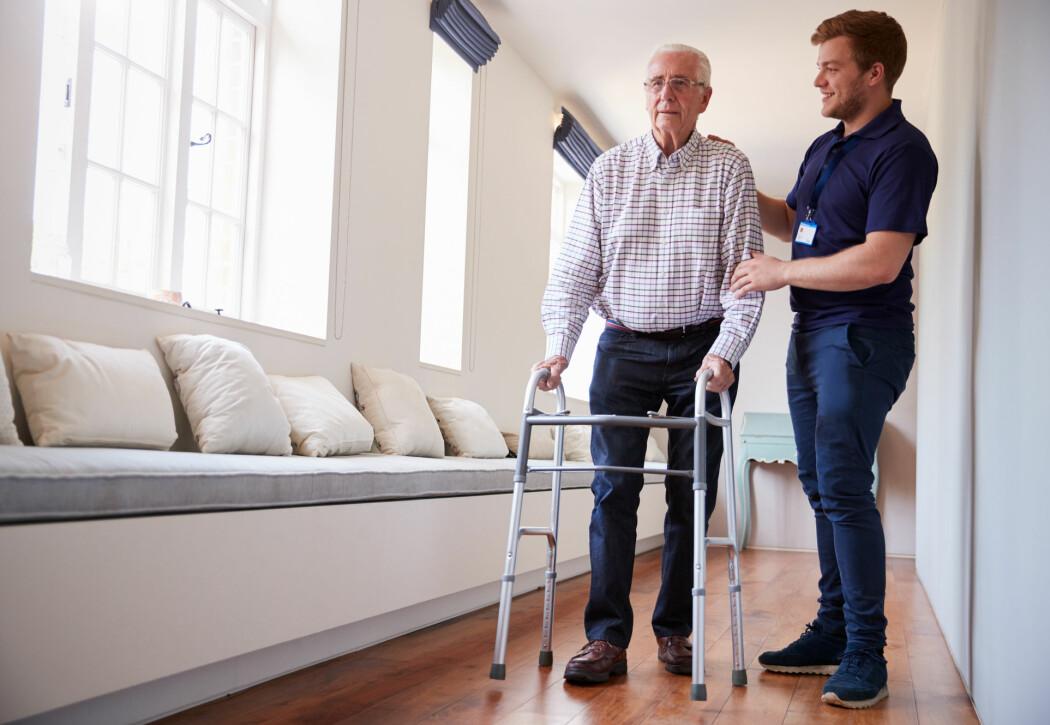 – Det virker som en bedre idé at pasientene får «bestemme» hvordan hjemmesykepleien skal organiseres, sier forsker. (Illustrasjonsfoto: Monkey Business Images / Shutterstock / NTB scanpix)
