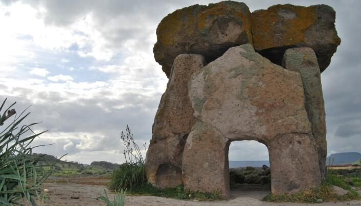 En megalittisk steingrav på Sardinia. (Bilde: Bettina Schulz Paulsson)