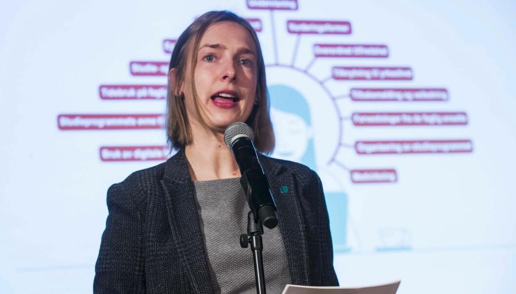 Statsråd for forskning og høyere utdanning Iselin Nybø kommenterer studiebarometeret for 2018 som ble lagt fram tirsdag. (Foto: Terje Pedersen / NTB scanpix)
