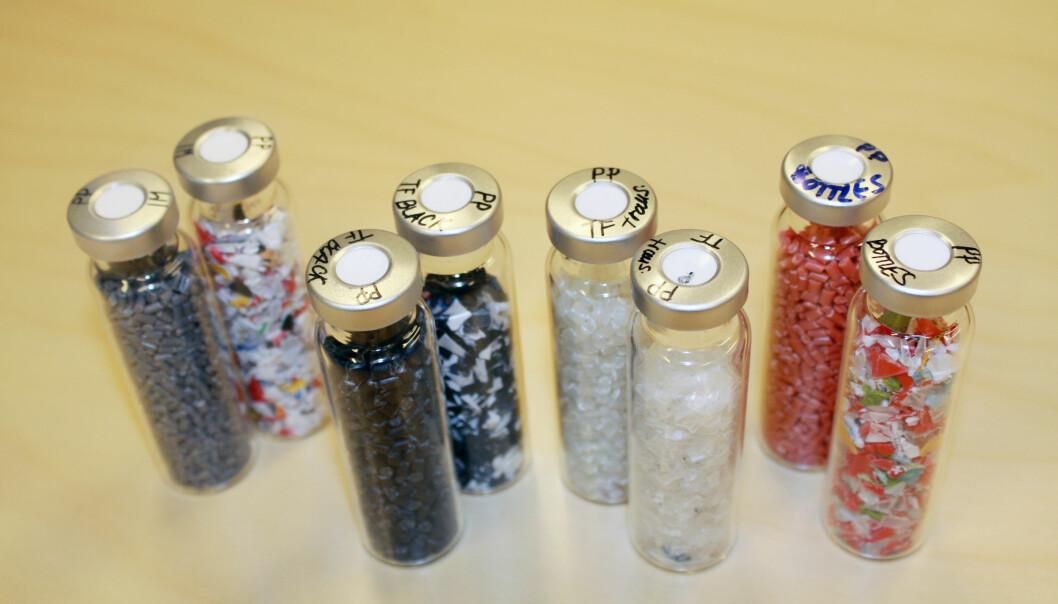Så forskjellig kan plast være. Dersom vi skal bruke plasten på nytt, er det helt nødvendig med et fininnstilt sorteringssystem, mener forskere. (Foto: Nofima)