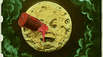 Ny utstilling: Hva er så fascinerende med månen?