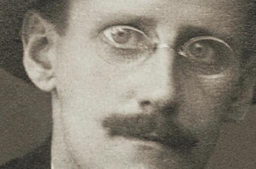 James Joyce i partikkelfysikken– og partikkelfysikken i James Joyce