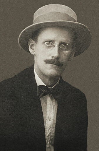 Portrett av James Joyce som ung mann. (Foto: Alex Ehrenzweig)