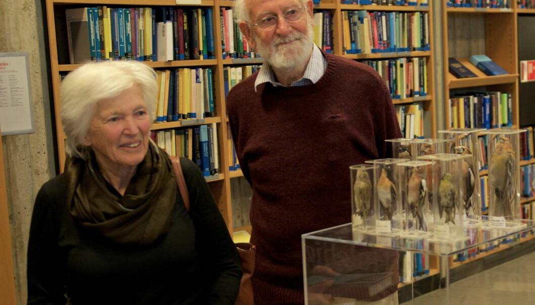 Rosemary og Peter Grant på Realfagsbiblioteket ved Universitetet i Oslo. (Foto: Tore Wallem)