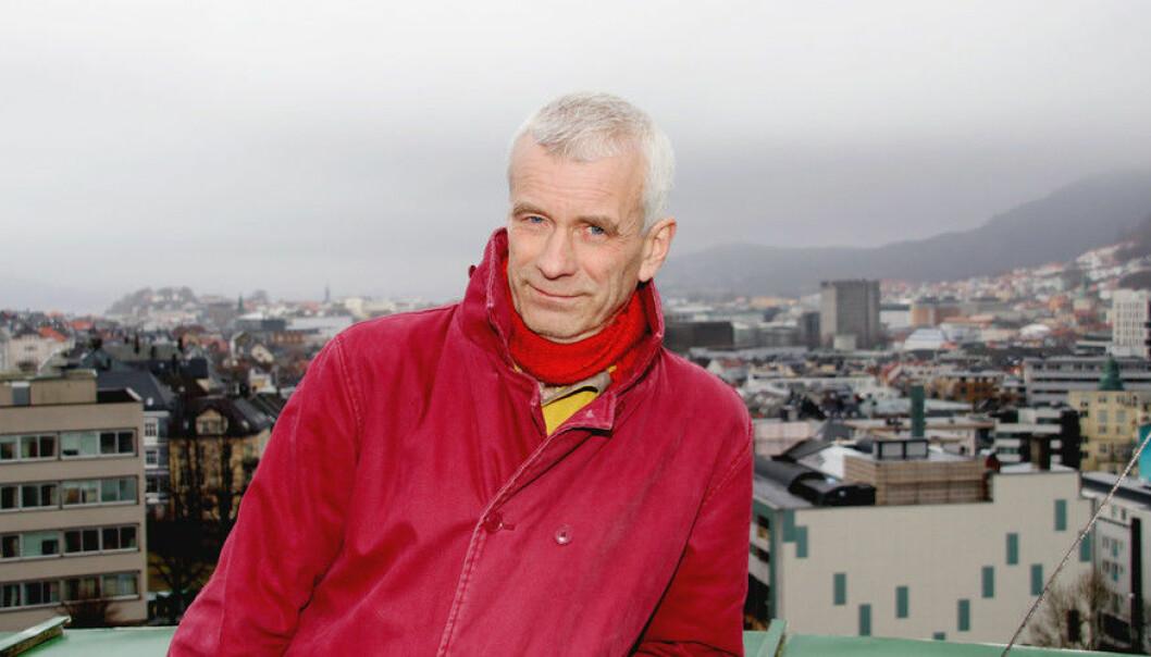 William Helland-Hansen mener han ikke kan ta klimautfordringen på alvor og samtidig fortsette med leteforskning for oljeindustrien. (Foto: Njord V. Svendsen)