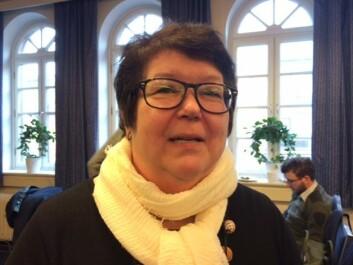 Bibliotekar Tone Moseid er leder i foreningen Slekt og Data og har oppsporet sin egen morslinje helt fra Afrika via Russland, Finland, Sverige og frem til Finnskogen i Norge. (Foto: Anne Lise Stranden/forskning.no