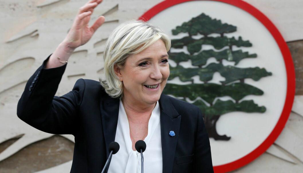 Marine Le Pen er leder av det politiske partiet Nasjonal front. Hun er også en av kandidatene i det kommende presidentvalget i Frankrike. Ligger hun an til å vinne? (Foto: Mohamed Azakir/Reuters/NTB Scanpix)