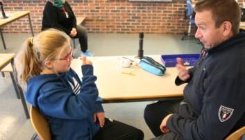 Tegnspråklige bruker begge deler av hjernen