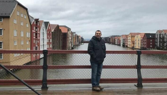 Loay Al Khateeb måtte forlate hjemmet sitt i Syria på grunn av krigen. Nå bor han i Trondheim. (Foto: privat).