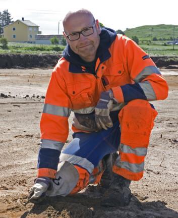 Even Bjørdal, arkeolog ved Arkeologisk museum, Universitetet i Stavanger, var prosjektleiar for utgravinga av vikingtidsvegen. (Foto: Arkeologisk museum, Universitetet i Stavanger)