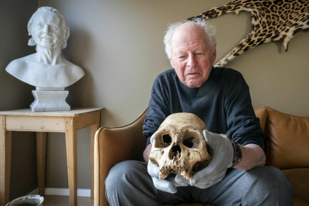 Thor Heyerdahl tok med seg hodeskaller fra Påskeøya – nå skal sønnen levere dem tilbake