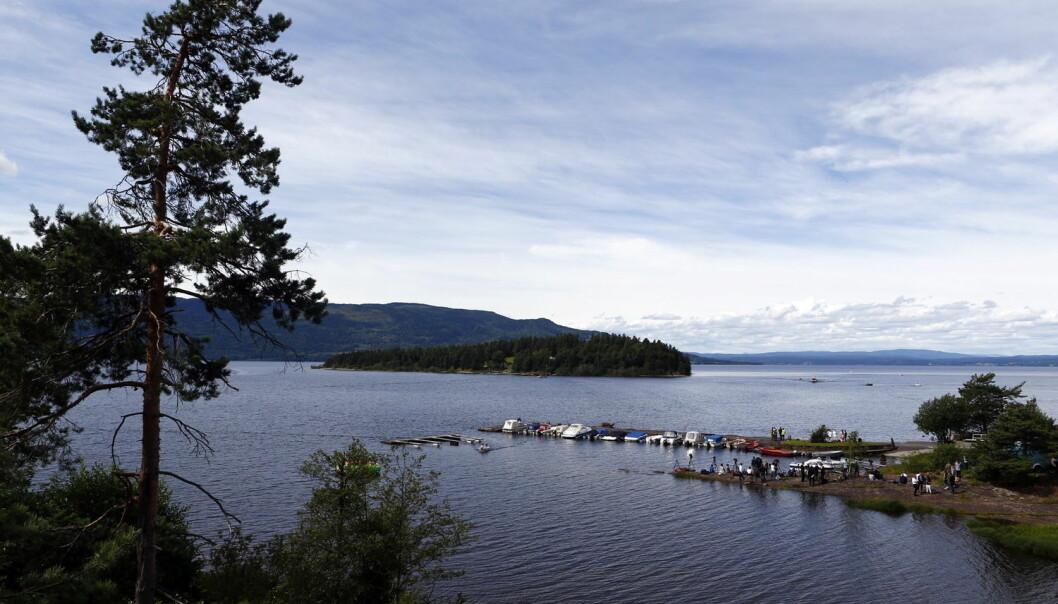 - Utøyakaia ligger ved fylkesvei 155, ca. 500 meter sør for Utvika Camping. Fra kaia er det ca. 600 meter over til brygga på Utøya, skriver kronikkforfatterne. (Foto: Heiko Junge / NTB scanpix)