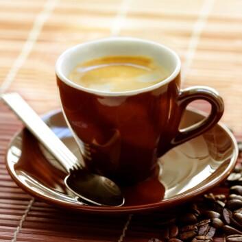Kaffe er godt, men ikke nødvendigvis for magen. Mørkristet kaffe, som for eksempel espresso, er den mest skånsomme for magen. (Foto: Colourbox)