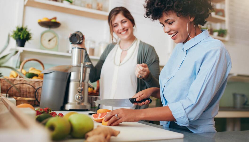 Ledere bør la medarbeidere få bestemme over sine egne arbeidsoppgaver. Da vil de også sette egne mål for hva de vil oppnå. (Foto: Shutterstock / NTB scanpix)