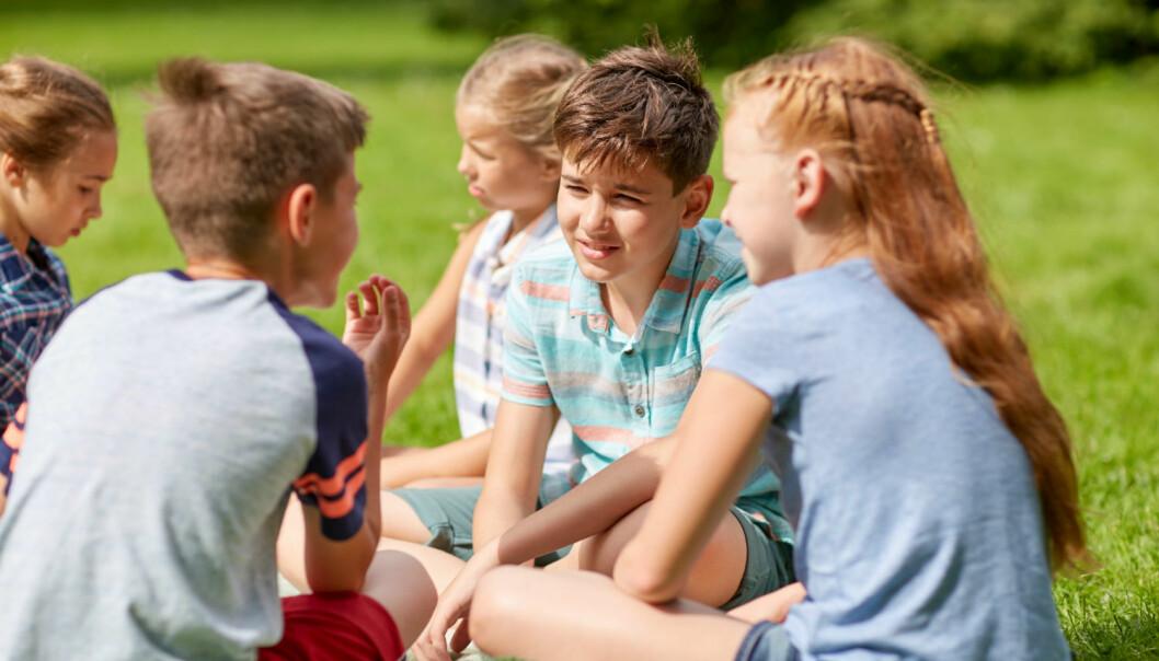 Metaforer kan fort forvirre barn med autisme. Da er det viktig å gi barna mer erfaring med dem, slik at de blir enklere å forstå.  (Illustrasjonsfoto: Colourbox)