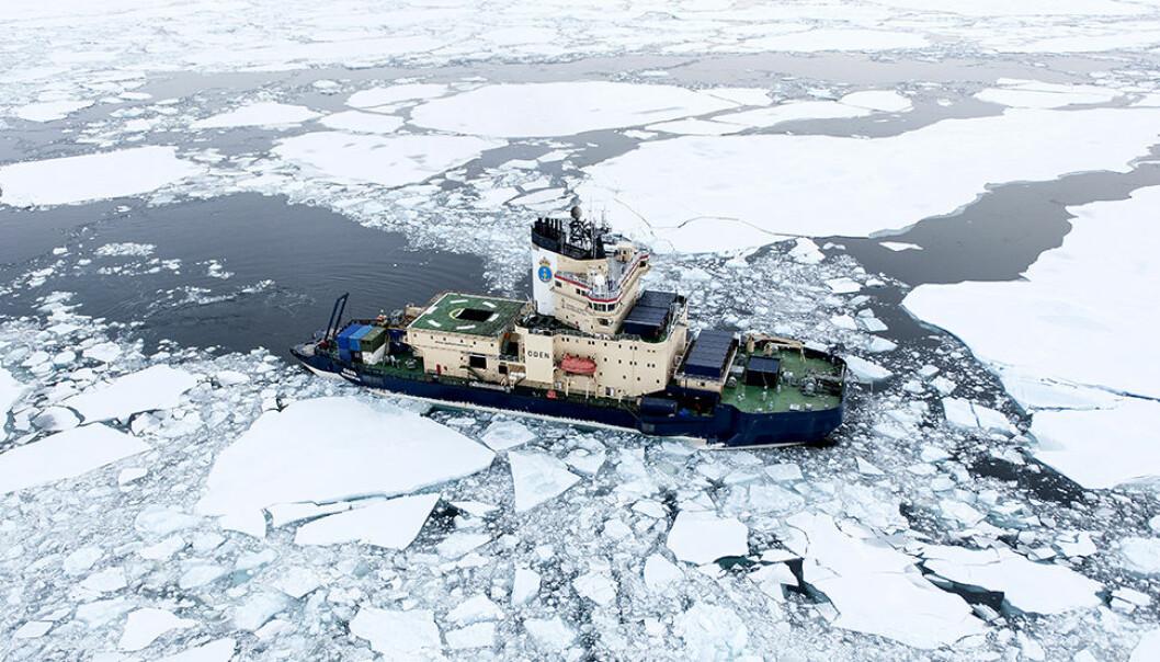 For å få skip til å ligge i ro uten anker, brukes teknologien dynamisk posisjonering. Is og ekstremvær gjør det enda mer krevende. Da trengs også kunnskap om isens krefter på båten, og hvordan isen beveger seg i nærområdet.  (Foto: SAMCoT)