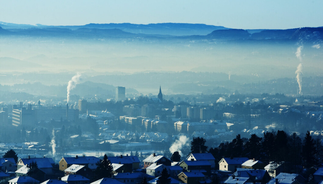 Nå kan vi snart selv måle luftkvaliteten utenfor husene våre. Men ifølge forskere har de kommersielle luftmålerne et stykke igjen til de viser helt nøyaktig hvor mye forurensning som finnes.  (Foto: Gorm Kallestad / Scanpix)