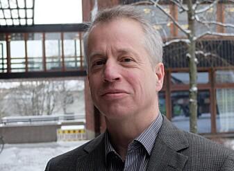 Carl Henrik Gørbitz har bakgrunn som kjemiker. (Foto: Eivind Torgersen)