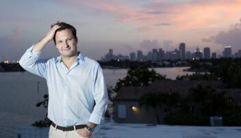Are Traasdahl er sivilingeniør fra NTNU og etablerte nettannonseringsfirmaet Tapad i 2010. I 2016 kjøpte Telenor teknologien for rundt tre milliarder kroner. Traasdahl fikk innovasjonsprisen Årets gründer i New York i kategorien for markedsføringsteknologi i 2014. Bildet er fra samme år, og er tatt på terrassen til huset han da bygget i Miami. (Foto: Thomas Nilsson/VG)