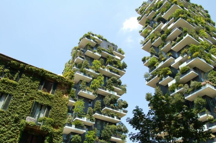 Hvordan vil dette påvirke evolusjonen? Bosco Verticale (Den vertikale skogen) i Milano i Italia. Bolighus med plass til mer enn 900 trær. (Foto: Christos Barbalis, Creative Commons CC0 1.0)