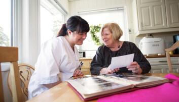 Manglende kompetanse kan føre til at personer med demens ikke får det tilbudet de har krav på, eller den hjelpen de har behov for. (Foto: Martin Lundsvoll / Aldring og helse.)