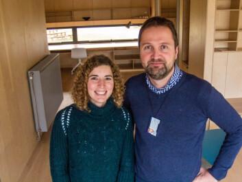 Maria Justo-Alonso og Laurent Georges har undersøkt småhus og leiligheter bygget i henhold til den norske passivhusstandarden og med redusert antall radiatorer. (Foto: NTNU)