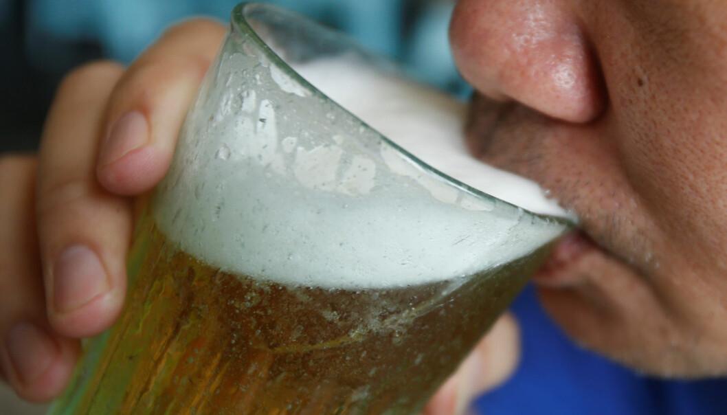 For å finne ut hvilken væske som slukker tørsten best, må vi først forstå kroppens hormonbalanse. (Foto: Kham, Reuters, NTB scanpix)