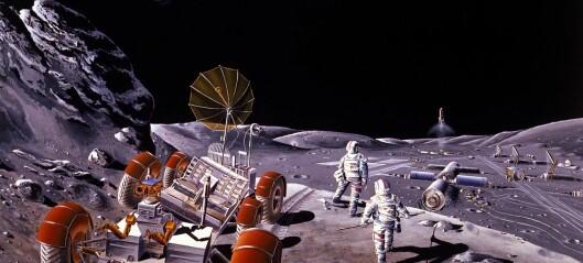 Mars, Månen eller begge deler?