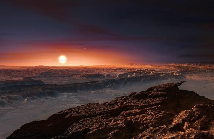 Planeten Proxima b, slik kunstneren tenker seg den. På himmelen lyser den røde dvergstjernen Proxima Centauri rødblekt, mens det andre paret i trippelstjernen, Alpha Centauri AB skimtes til høyre ovenfor. (Foto: (Illustrasjon: ESO/M. Kornmesser))
