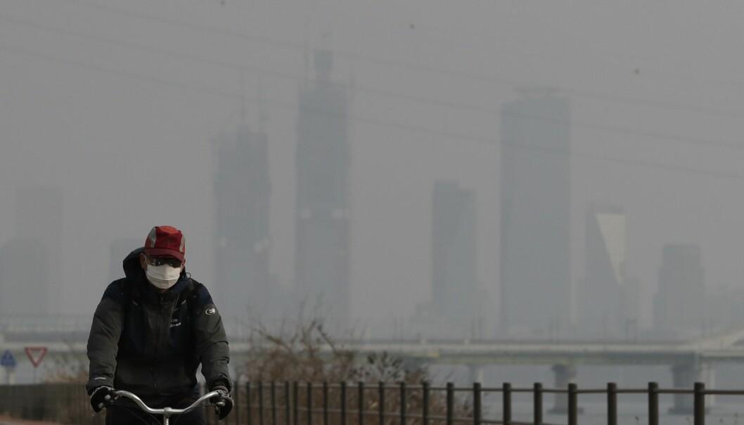 Ifølge en ny studie fører luftforurensing til dobbelt så mange dødsfall som tidligere målt. (Foto: Lee Jin-man / AP / NTB scanpix)