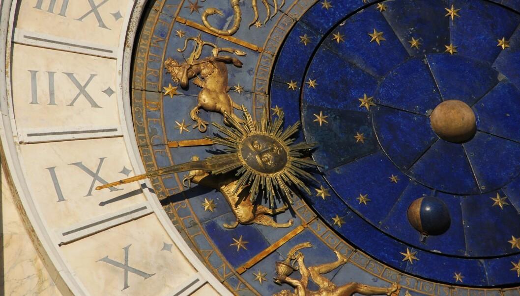 Nasjonalt organ for kvalitet i utdanningen (Nokut) bekrefter at astrologistudiet kvalifiserer for støtte fra Statens lånekasse. Bildet er fra et klokketårn på Markusplassen i Venezia. (Foto: Gorm Kallestad, NTB scanpix)