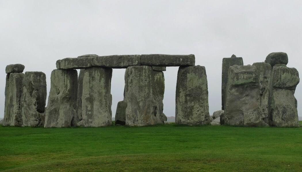 Stonehenge er kjent som et samlingssted for steinalderbriter. Andre steder i nærheten hadde lignende konstruksjoner, men de er ikke like godt bevart. (Foto: Eivind Torgersen)