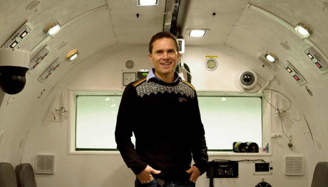 Anders Meland brukte blant annet lavtrykkskammeret ved Flymedisinsk institutt på Blindern i sine studier av effekten av mindfulness.  (Yvonne Haugen/ NIH)