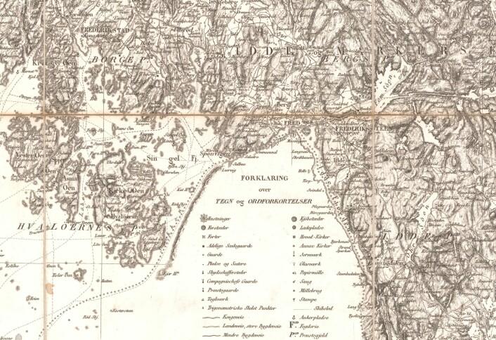 Detaljert tegnforklaring gjorde kartet til et nyttig hjelpemiddel for flere enn de militære. Svinesund er med for tidligere tiders harry-handlere. (Foto: (Kart: Kartverket))