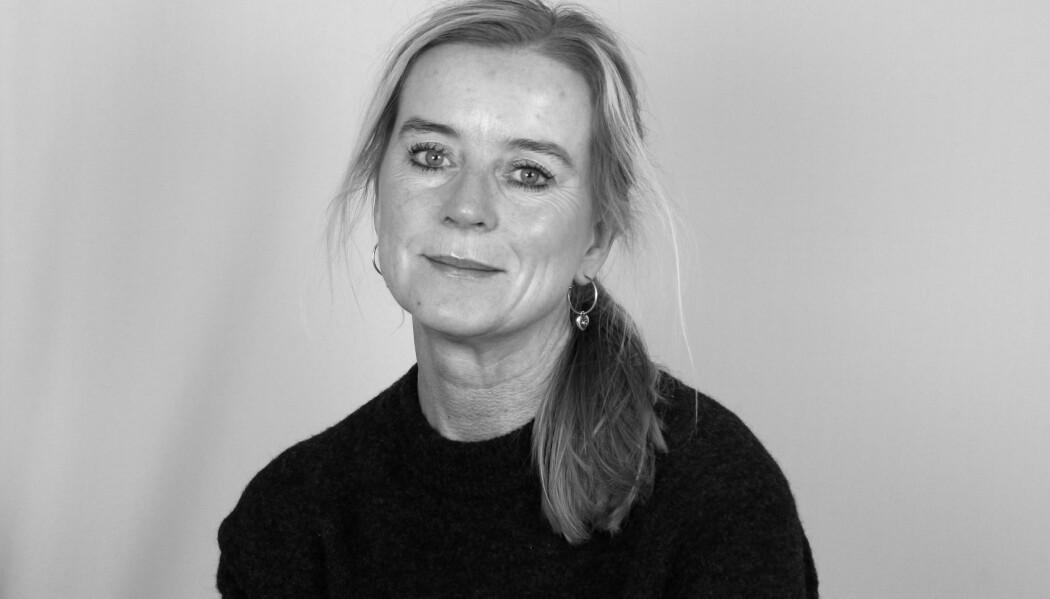 Elin Birkeland Markestad gir ut boka <i>Veiledningsordning i skole og barnehage </i>på Gyldendal forlag. (Foto: Espen Kristiansen)