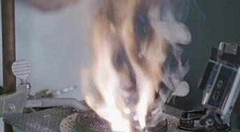 Julekalender: Luke 21: Hvordan kan noe begynne å brenne av seg selv?
