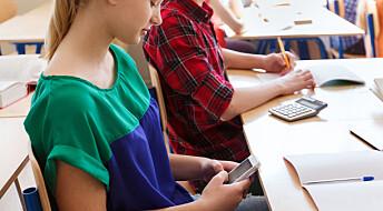 Forskere frikjenner bruk av mobiltelefon i klasserommet