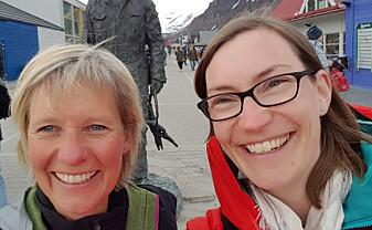 Dagmar Hagen og Kristine Bakke Westergaard, her på Svalbard. (Foto: privat)
