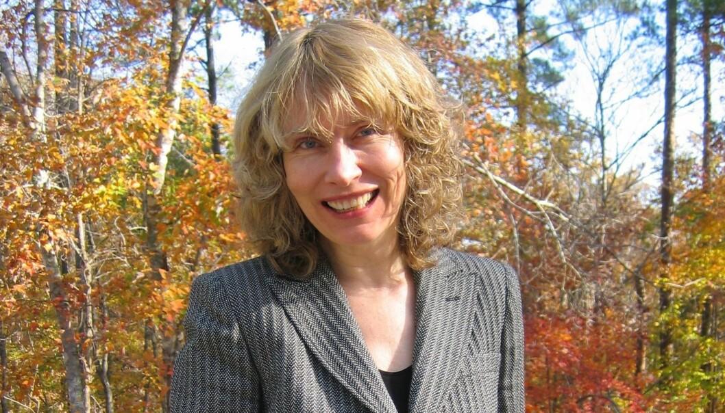 – Toril Moi var en pioner innenfor feministisk litteraturteori på 80-tallet, og hun har en selvfølgelig plass i fagets historie. At hun nå velger å vende blikket mot Norge og bruke litt av sin tid på Nasjonalbiblioteket, er jeg både stolt og glad for, sier direktør for Nasjonalbiblioteket, Sira Myhre. (Foto: Susannah B. F. Paletz)