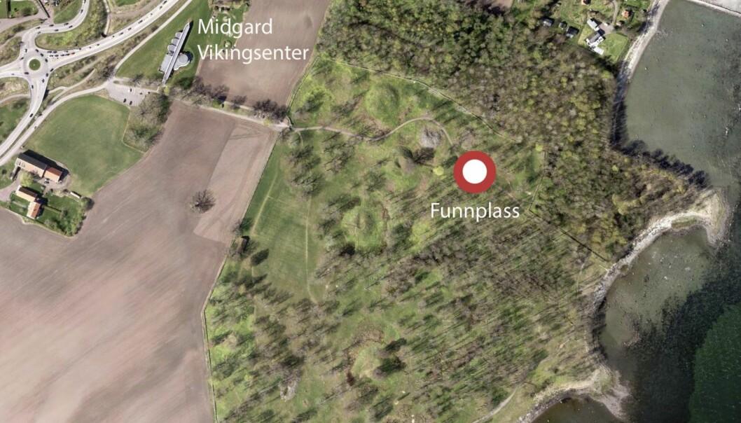 I jorda på en slette i Vestfold er skipet funnet. (Foto: Vestfold Fylkeskommune / NTB scanpix)