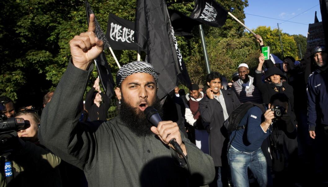 Ubaydullah Hussain er tiltalt for å ha rekruttert nordmenn til terrororganisasjonen IS. Langt fra alle islamister er like synlige som ham. Kommunene vet ofte ikke hvem i lokalmiljøet som står i fare for å bli radikalisert. (Foto: Kyrre Lien/NTB scanpix)